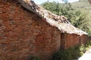 Tejados de paja en La Omañuela